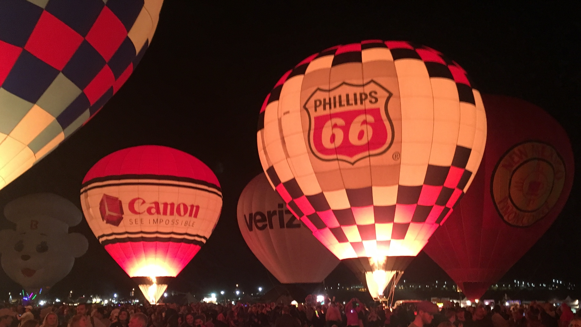 Balloon Fiesta 2017-Albuquerque New Mexico-Twilight Twinkle Glow